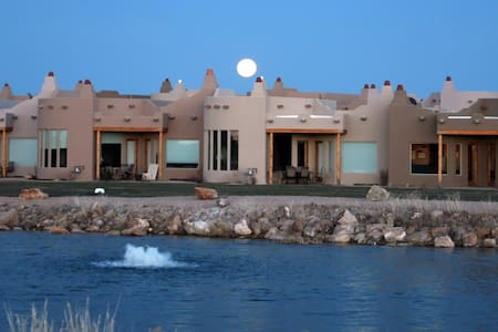BREATHTAKING VIEWS! LAKE/GOLF FRONT - Alto