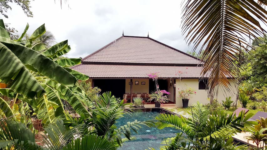 Villa Moringa, Private luxury villa with pool - Krong Siem Reap - Vakantiewoning