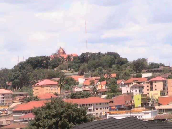 Amazing hillside view of Kampala!