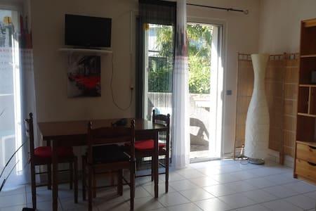 Appartement fonctionnel Argelés-gazost - Argelès-Gazost - Byt