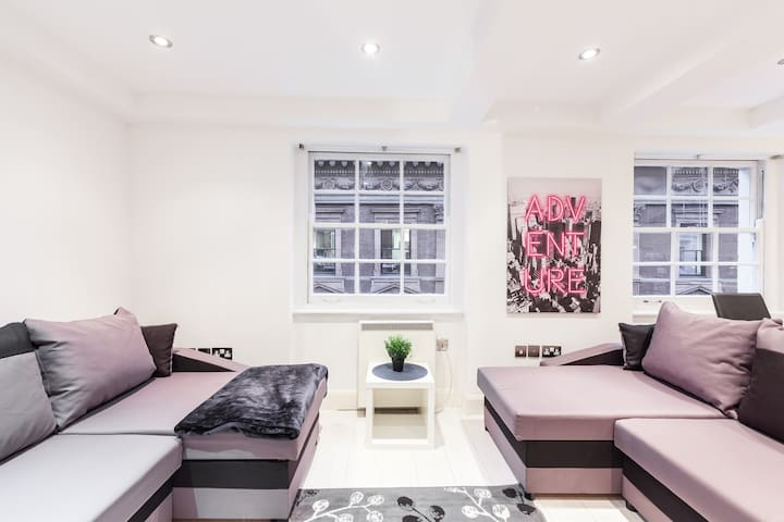 EXCEPTIONAL APARTMENT IN SOHO, CENTRAL LONDON