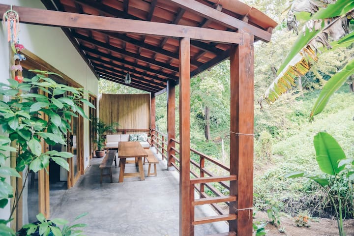 Jungle view apartment