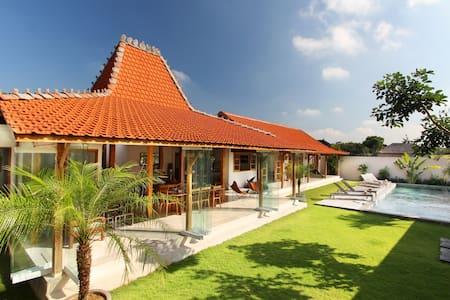 Villa Oulala Peaceful Luxury Villa  - North Kuta - Villa