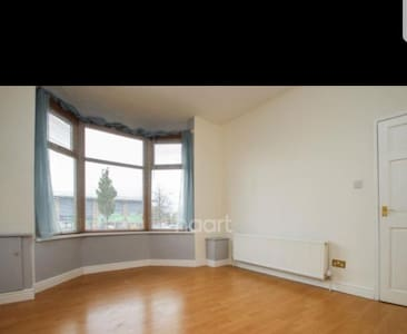 1 large room in a house to rent - 1