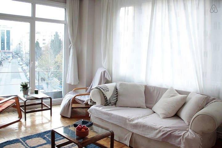 Centre of Istanbul, Special room in Osmanbey-Şişli - Istanbul - Apartment