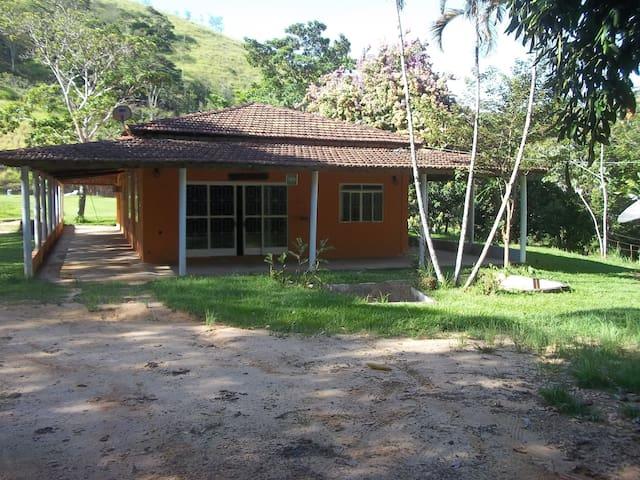 Fazenda Laranja Cravo - São José do Barreiro - Maison