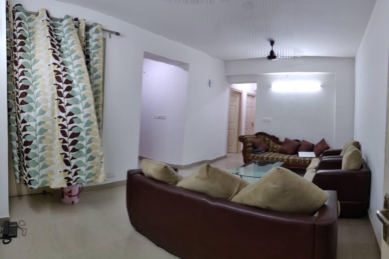 Entrance + living room