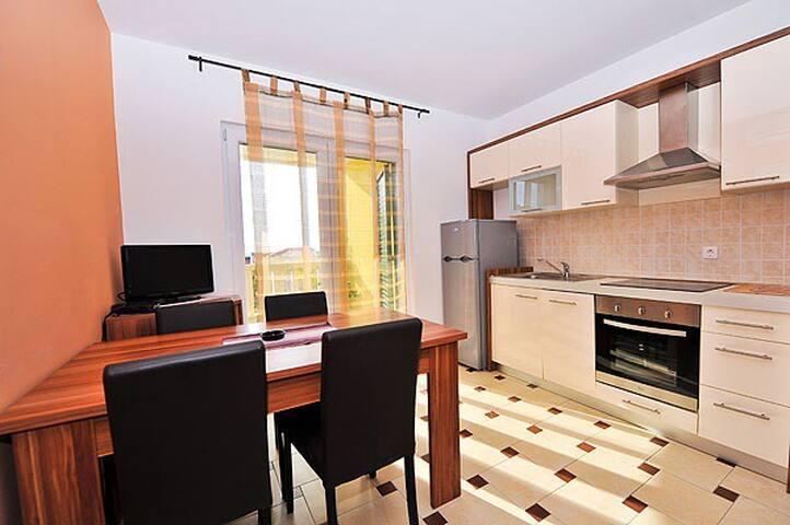 New apartment near the sea - Novalja - Apartment
