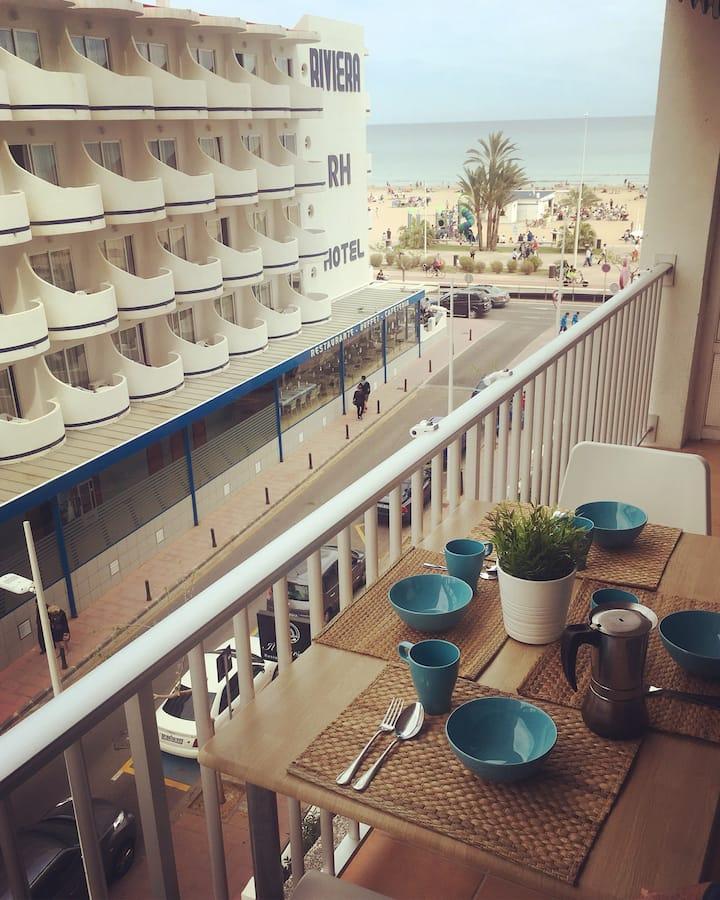 Apartamento primera línea de playa