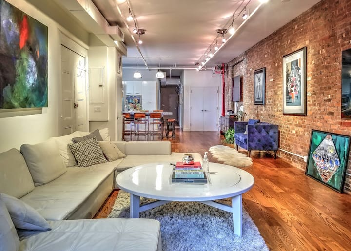 SOHO LOFT: 2000sq ft renovated & centrally located
