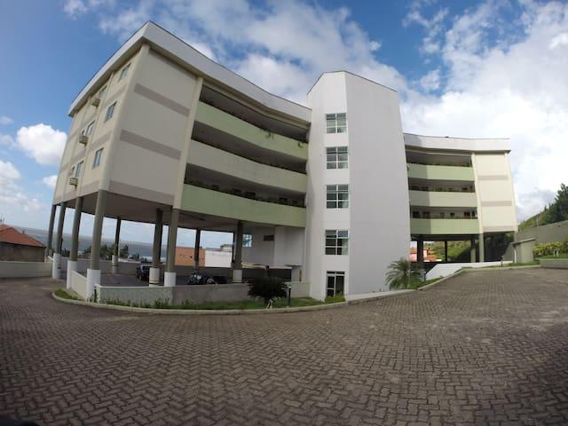 Apartamento na Av Litorânea - São Luís - Apartment