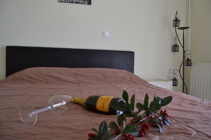 Villa Notas Apartments - Livadi