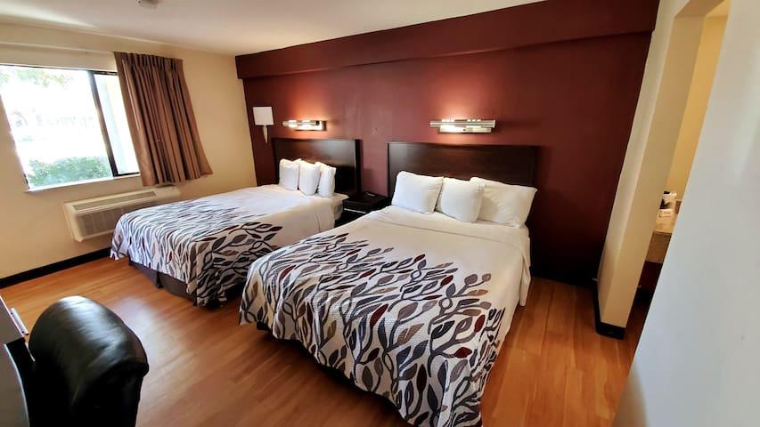 Easy Access - Comfy Double Queen Bed Room