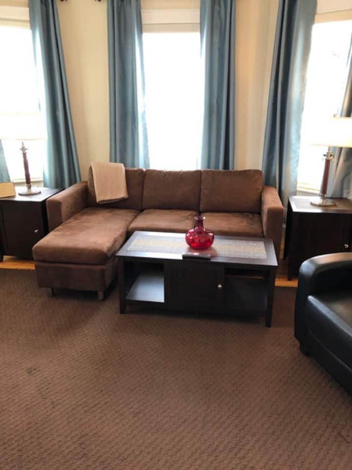 One Bedroom Private Apt.  25% monthly discount!