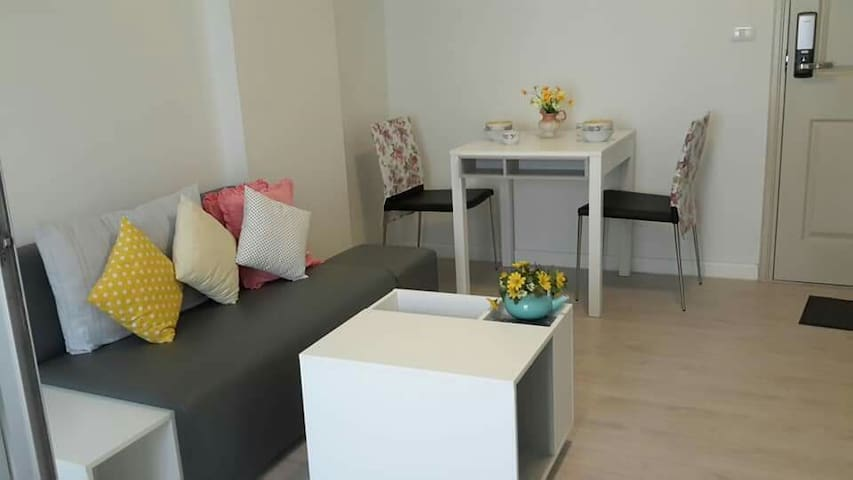 Conveniece Condo1/Ops.Central Plaza Chiang rai