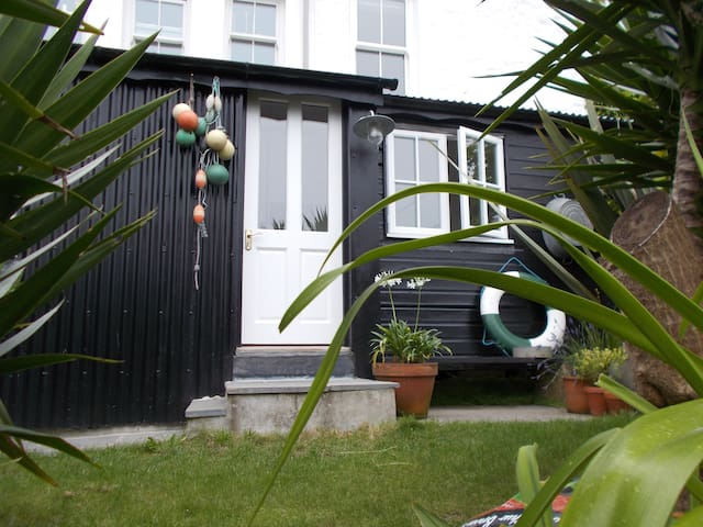 Private cabin, garden, sea views Newlyn - Newlyn