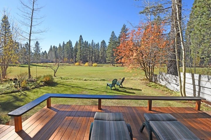 Charming Cabin on Brockway Golf Course