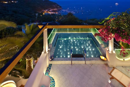 Villa Torres luxury time by the sea - Nerano - House