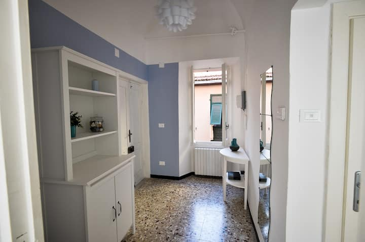 La Zuacca, shiny apartment with terrace.