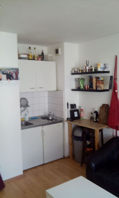 Small kitchen, but provided with everything you :)