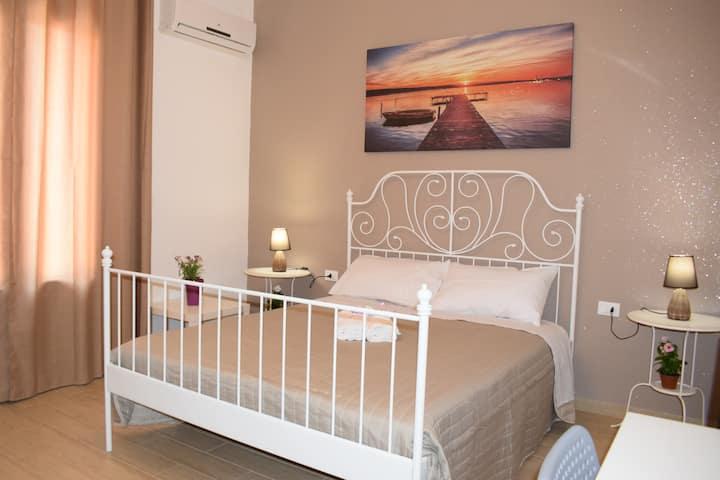 """Casa Campisi, camera """"Nonna Maria"""" con wc privato"""