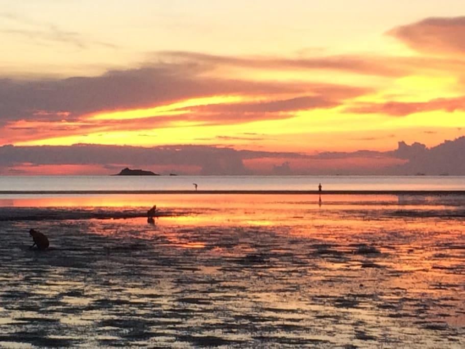 Hin Kong sunset