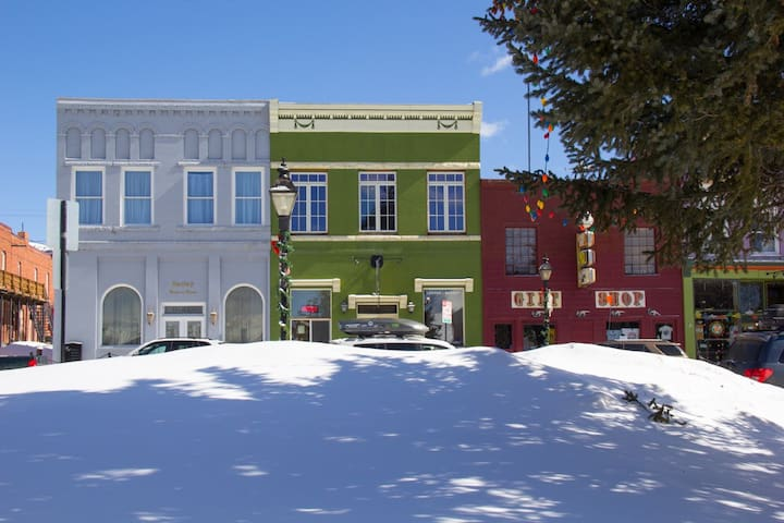"""Studio 508"" - Leadville - Byt"