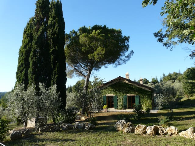 """Il pino"" – Gorgeous country villa with pool - Monteleone Sabino - Casa"