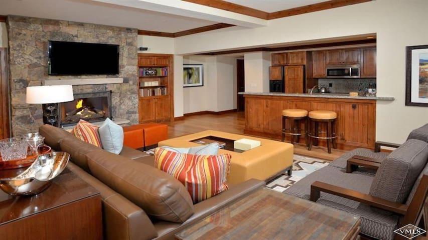 Penthouse Timbers Bachelor Gulch, CO
