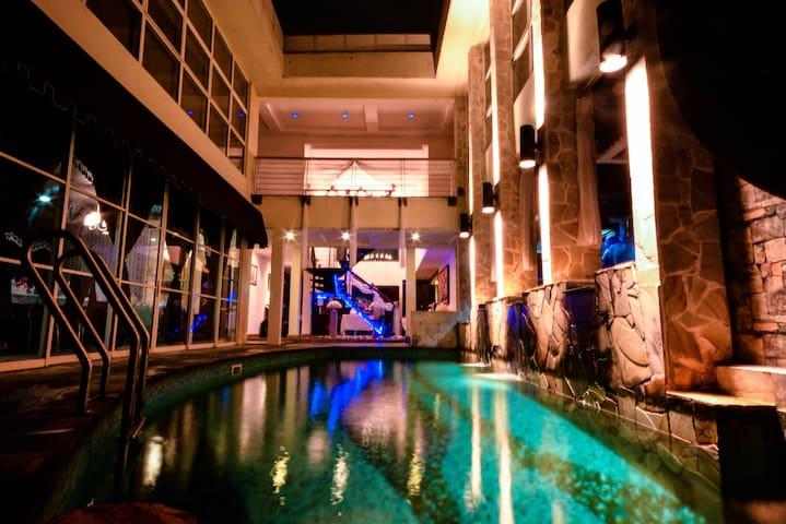 PANDORA SPRING VILLA [Indoor pool, Bbq, Snooker!]