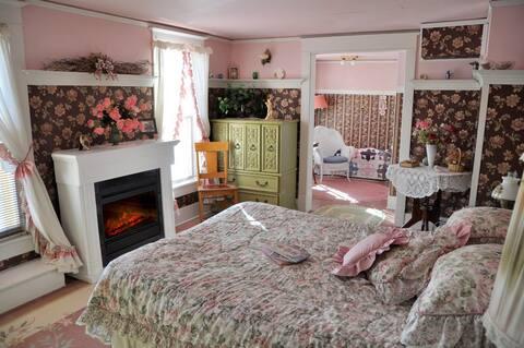 St. Ann Ranch Country Inn - Bedroom 2