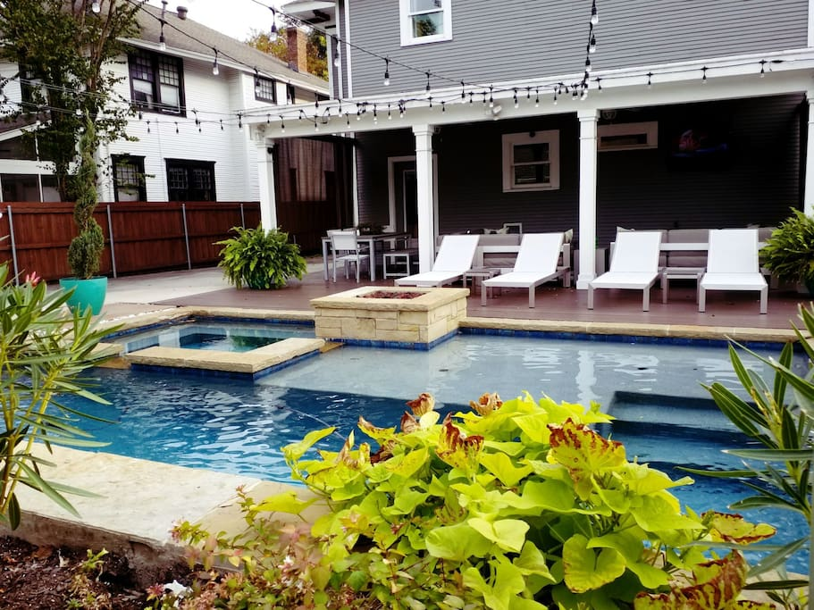 Vip Uptown Party House Pool Jacuzzi Sleeps16 Houses For Rent In Dallas Texas United States