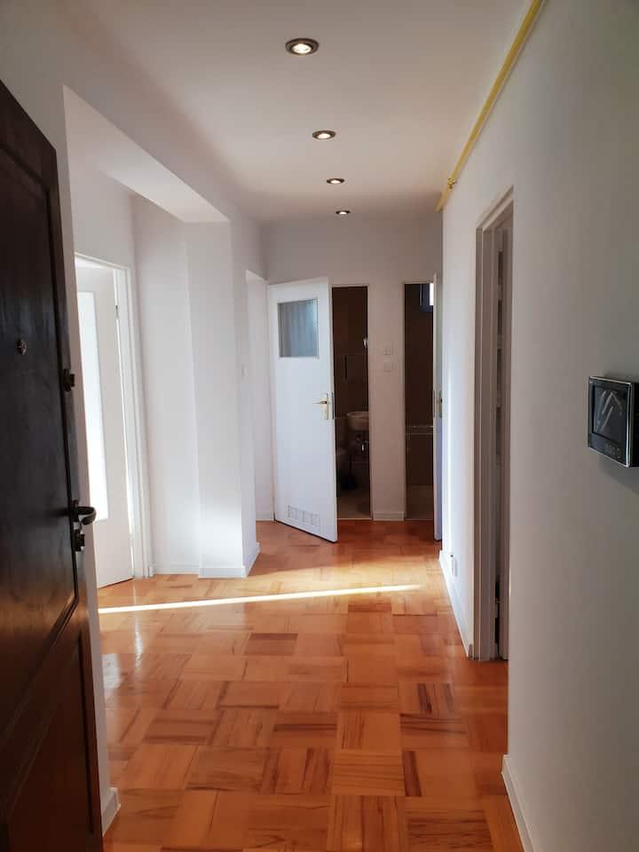 słoneczne,czyste po remoncie 3 pokojowy mieszkanie