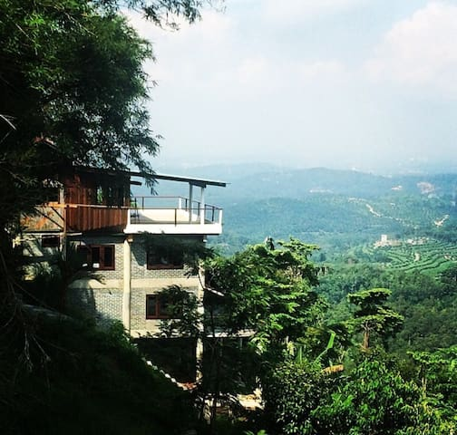 Forest Retreat close to KL - Seremban - Haus