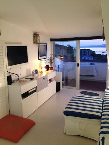 appartamento vista mare - Giglio Porto