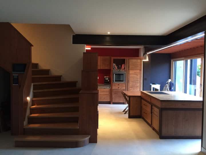 Jolie chambre+SDB chez Aline (maison d'architecte)