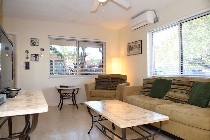 Lg 1B/1B near Beach and Downtown #9 - Lauderdale-by-the-Sea - Apartment
