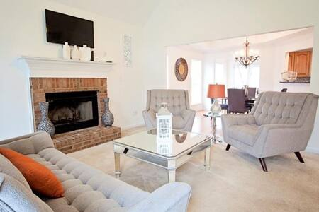 Beautiful furnished home in Peachtree City - Peachtree City