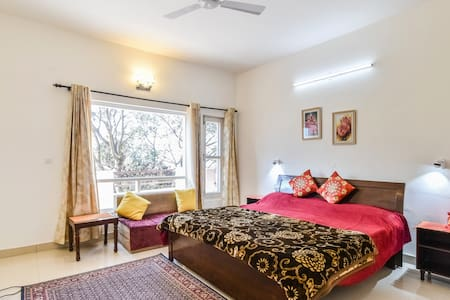 Olive Greens Homestay:10 mins to Mall Road Kasauli