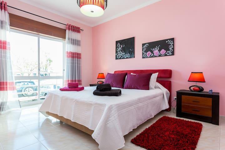 casa da Sãozinha ( quarto rosa)