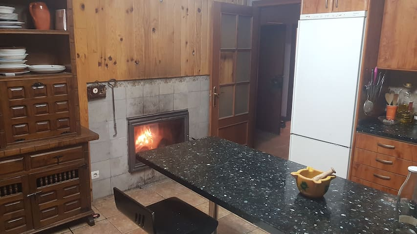 chimenea en la cocina