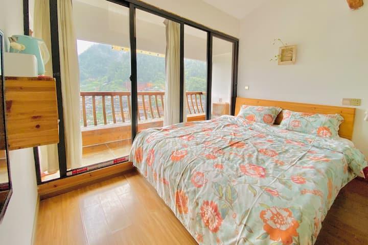 西江山居-景观大床1.8米 独卫 带空调 阳台大床房清风