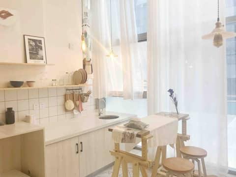 【越过·山丘】临港新天地loft公寓,宜宾最适合拍照的民宿。