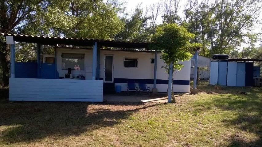 bungalow sur terrain privé à 150m de la plage - Vias - Bungalow
