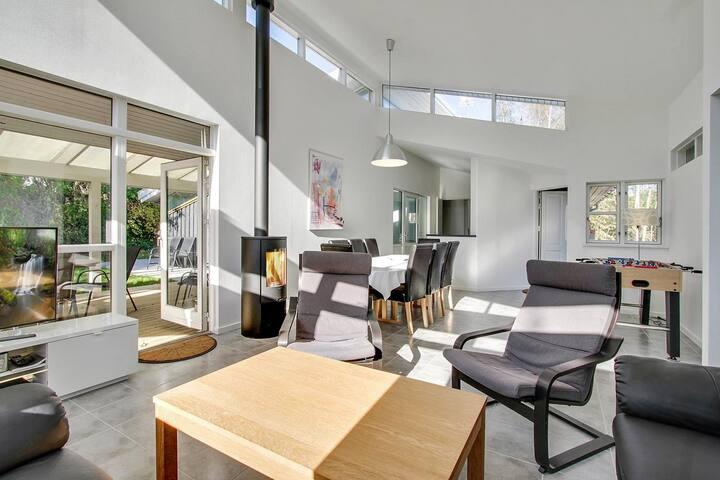 Pool & Spa luxury summer house