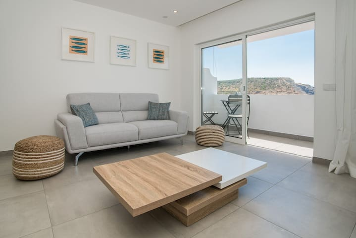 Central Two bedroom Apartment Praia Da Luz.
