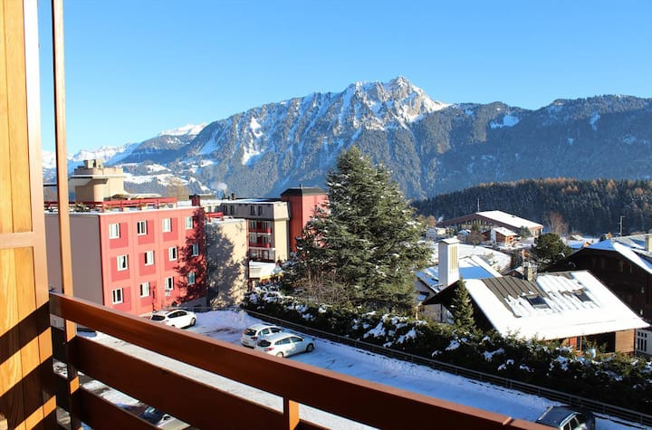 Studio in the centre of Leysin with a beautiful panorama from the balcony - 000108