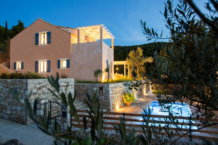 Villa for 12 with private pool Lopud, Dubrovnik