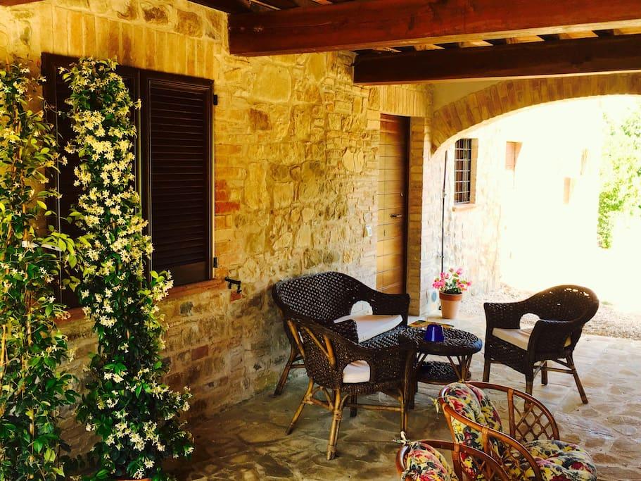 Patio esterno ingresso camera Don Ferdinando