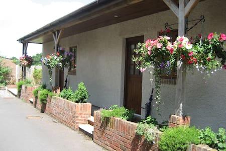 Wick House,Norton Fitzwarren - Norton Fitzwarren